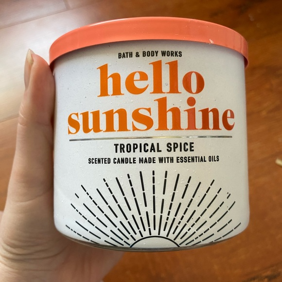 bath and body works candle in tropical spice